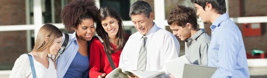 Des professeurs agrégés enseignant en classes Prépas